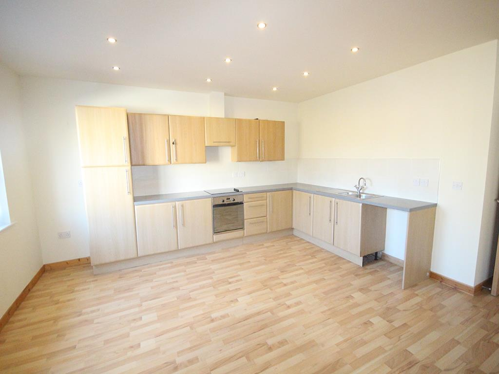 2 bedroom apartment For Sale in Colne - IMG_1360.jpg